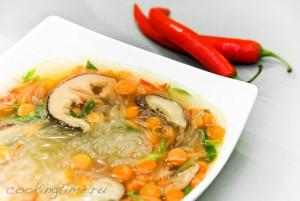 Постный суп с шиитаки и лемонграссом