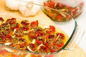 Вяленые помидорчики черри