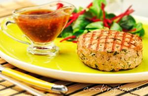 Бифштексы из индейки с острым соусом