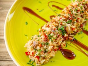 Рис с тунцом и болгарским перцем