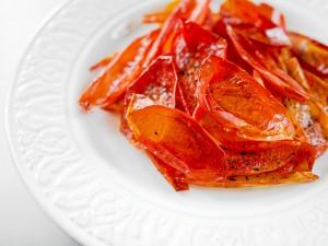 Чипсы из кожицы помидоров