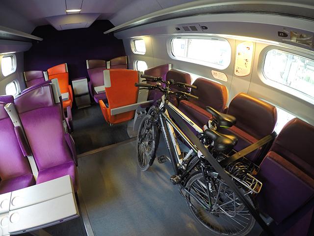 Так велосипеды едут в сидячем TGV