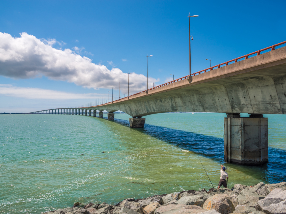 Мост острова Ре