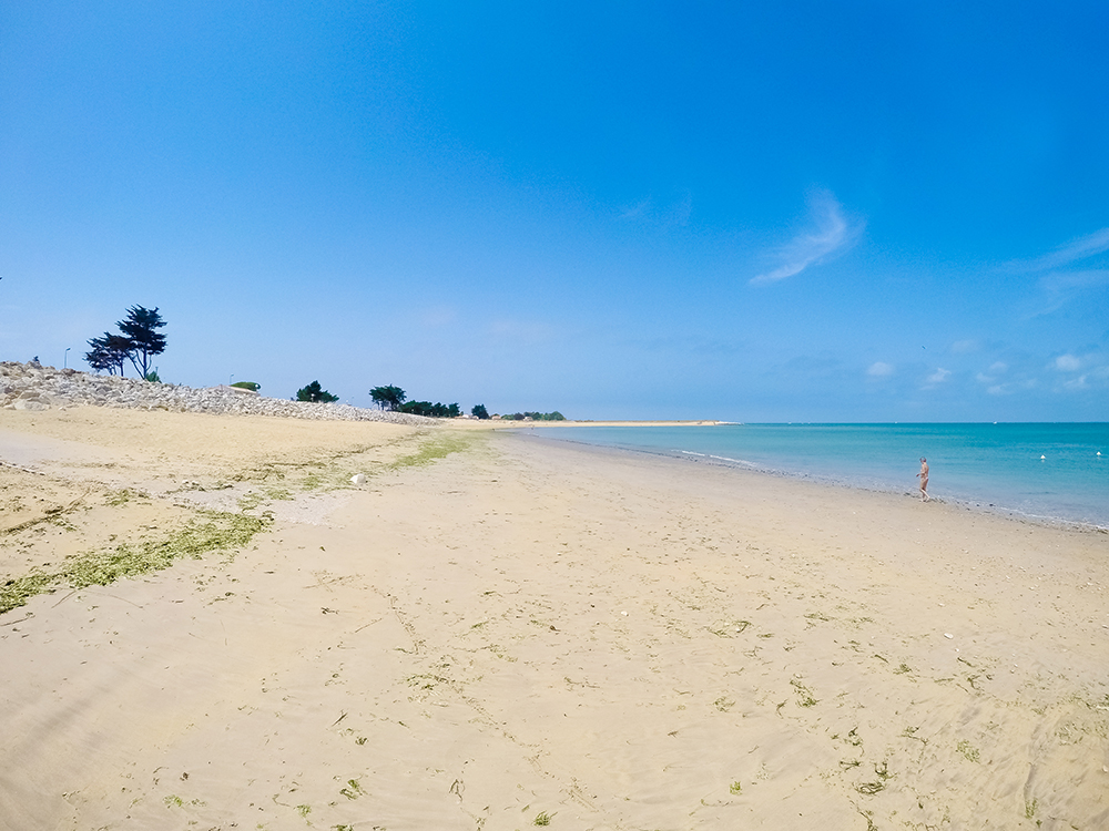 Пляж Ла-Бре-ле-Бен