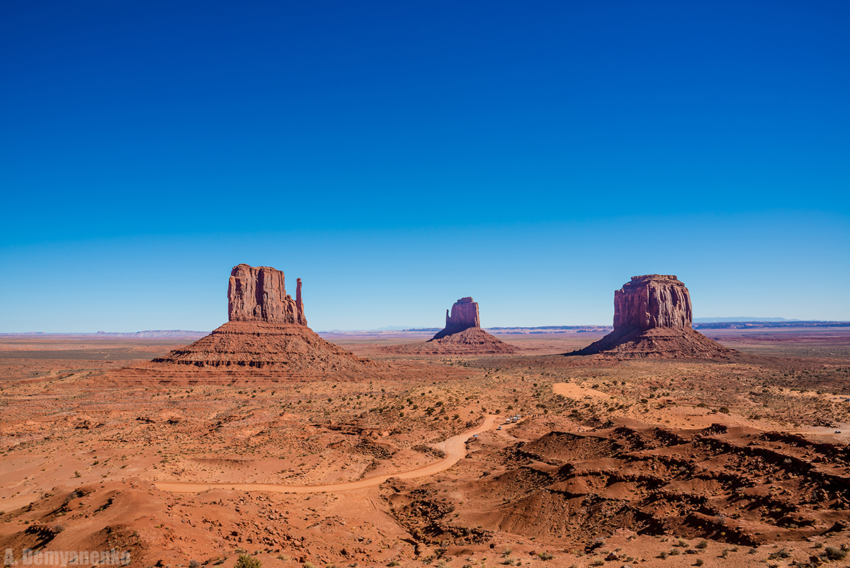 Monument Valley - Долина Монументов