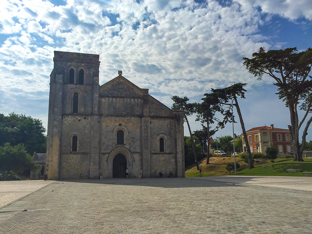 Базилика Нотр-Дам-де-ла-Фин-де-Терр