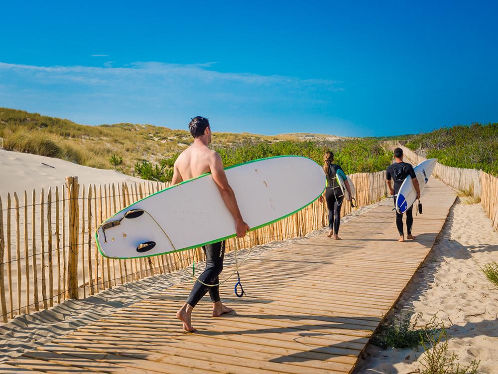 Серфингисты с пляжа Уртен