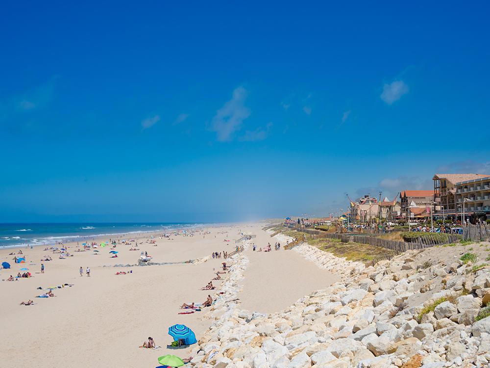 Бескрайний пляж Lacanau