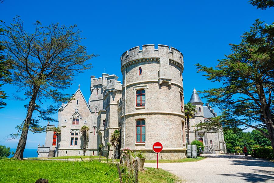 Замок Аббади