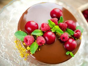 Торт с Шоколадным Гляссажем